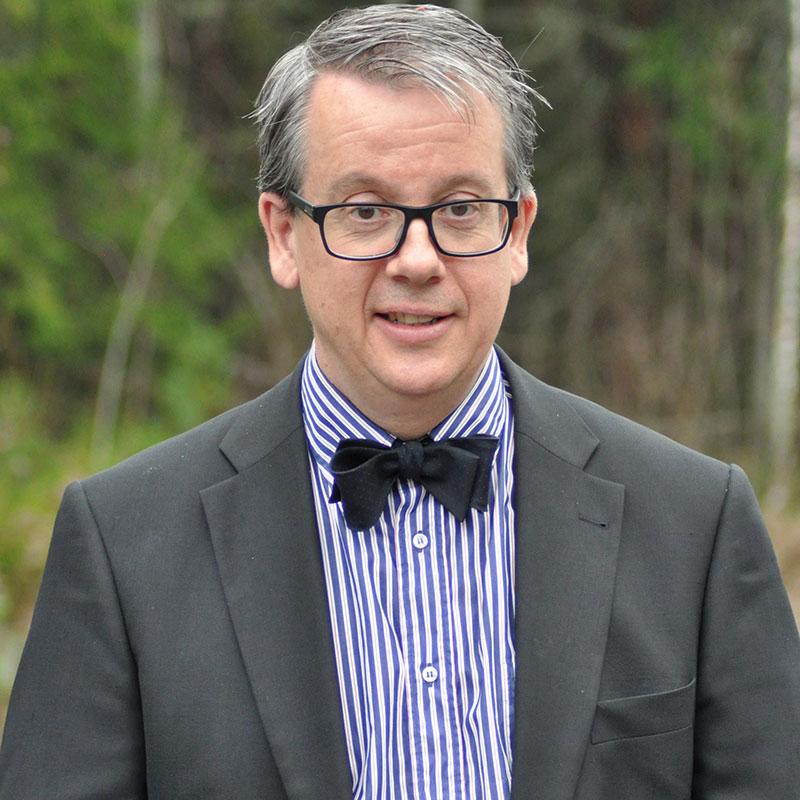 Richard Tellström medverkar som expert i den nya säsongen av Historieätarna. Foto: Sara Chogrich/SVT