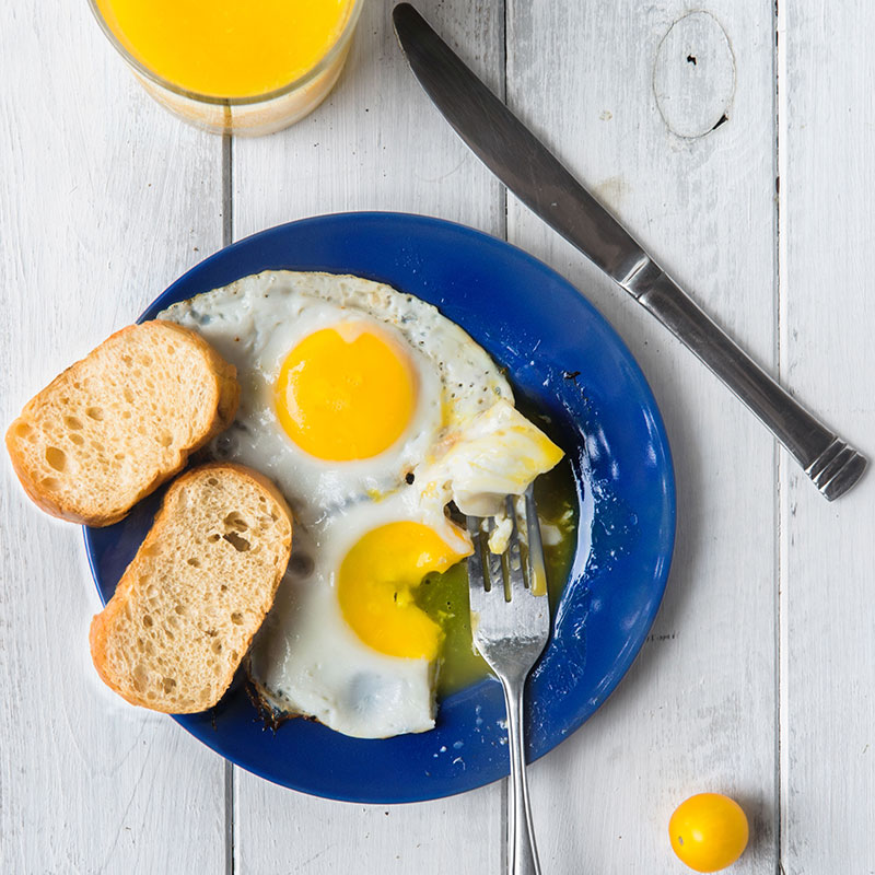 Gul mat gör dig pigg och glad, visar en brittisk studie. Foto: IBL