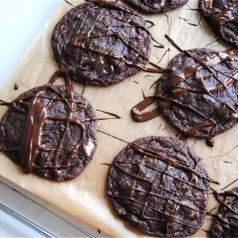 Recept på triple chocolate chip cookies. Foto: Sofia Henriksson