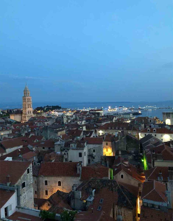 Utsikt över Split från Cornaro hotel som ligger precis utanför den gamla stadsmuren.